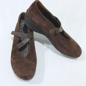 "Wolky Sz 9 (39) Brown Suede ""Passion"" Shoes"